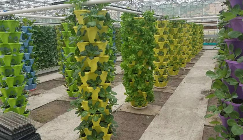 PP Vertical stacking flower pots.